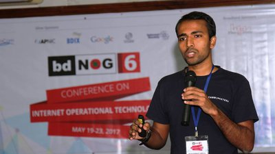 speaking at bdNOG6.jpg